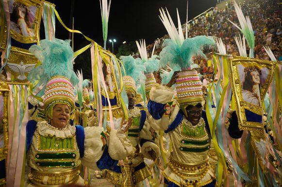 Rio de Janeiro - Mangueira é a sexta, e última, escola a se apresentar na Marquês de Sapucaí com o enredo Maria Bethânia, a Menina dos Olhos de Oyá (Tomaz Silva/Agência Brasil)